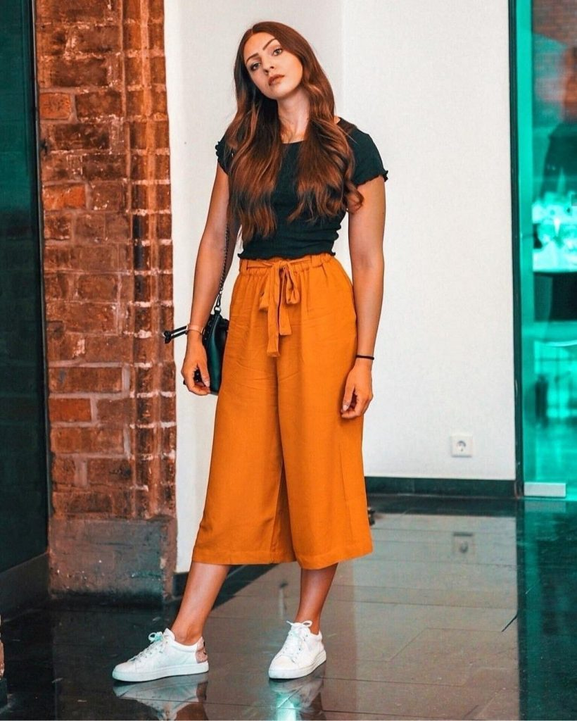 culottes pants - elegant spring outfit ideas