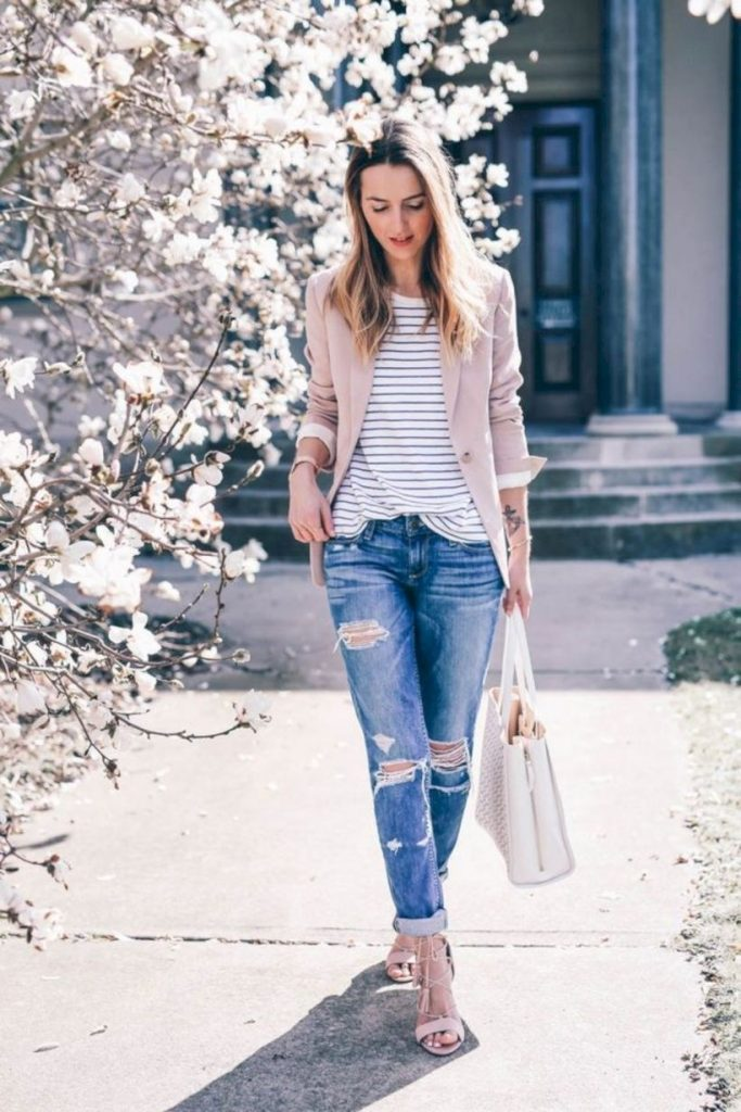 denim jeans - classic spring outfit ideas