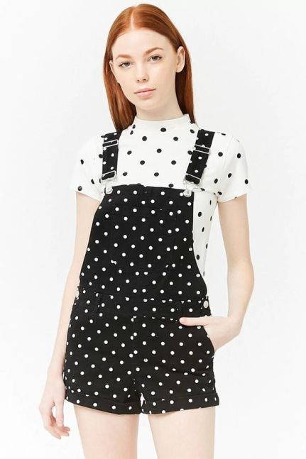 polka dots - fun spring outfit ideas