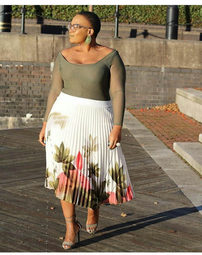 plus size womens trendy clothing Pleated skirt